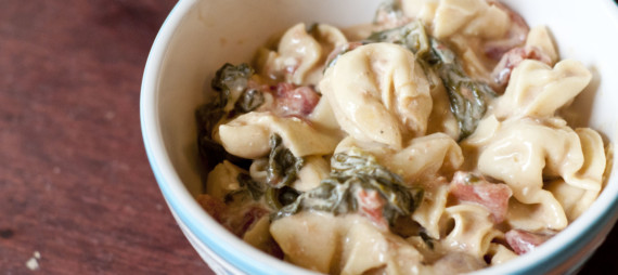 Slow Cooker Spinach Tortellini