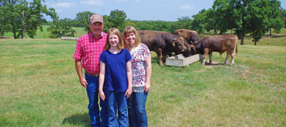 2016 East Central District Farm Family of the Year – Chris & Nesha Smith
