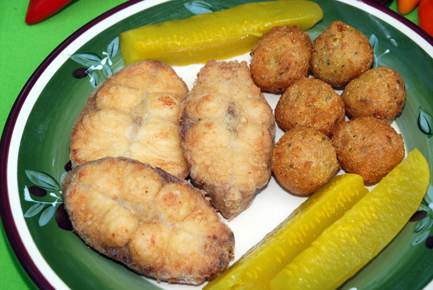 fried catfish, catfish month, catfish, keith sutton, keith 'catfish' sutton recipe, catfish recipe, fried catfish recipe, delicious catfish recipe, food, taste arkansas, recipes, cooking