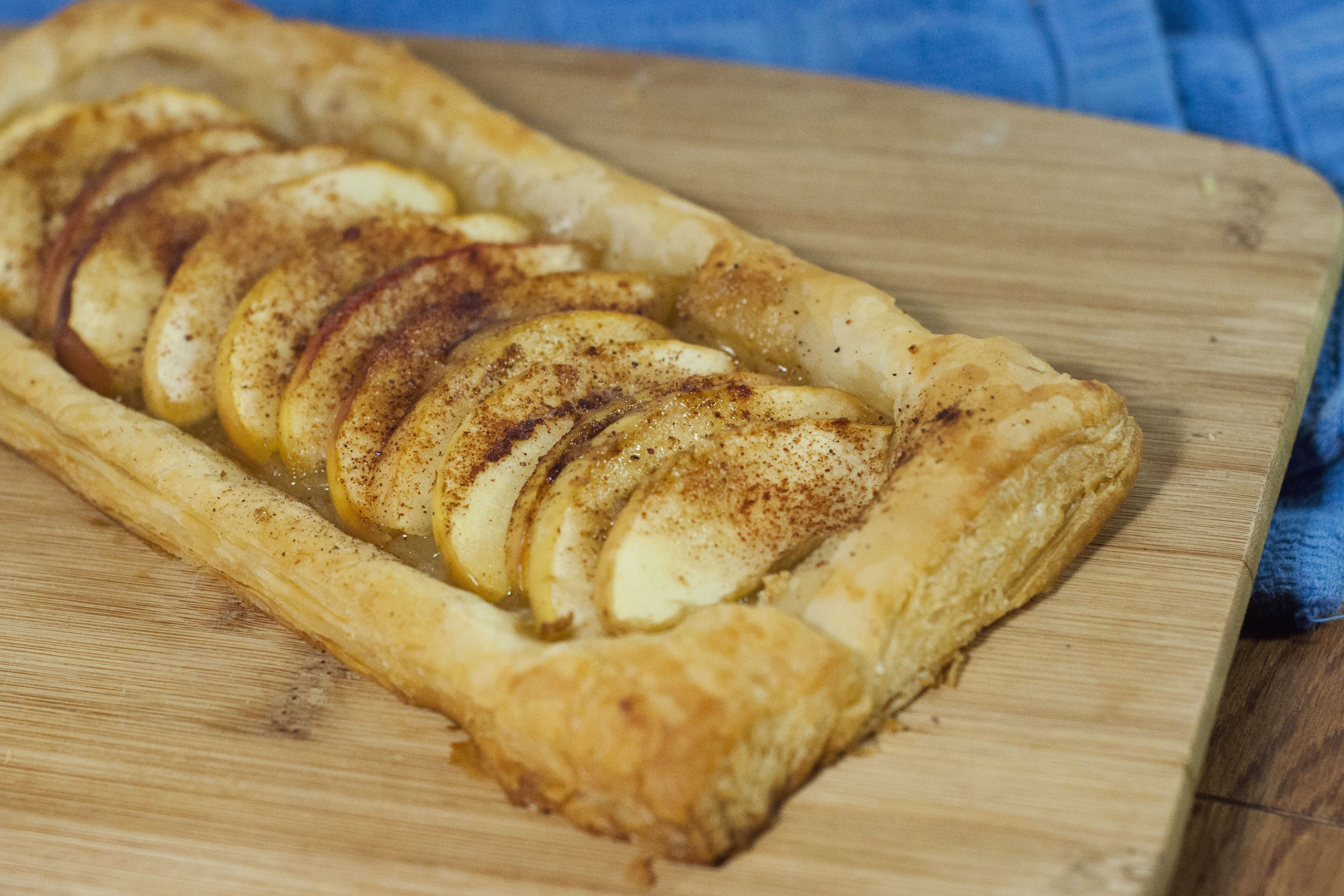 this photo shows an apple tart made with puff pastry from the freezer ...