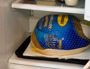 thaw-turkey-in-fridge