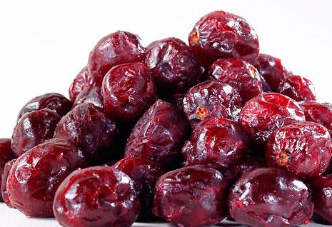 drying-cranberries