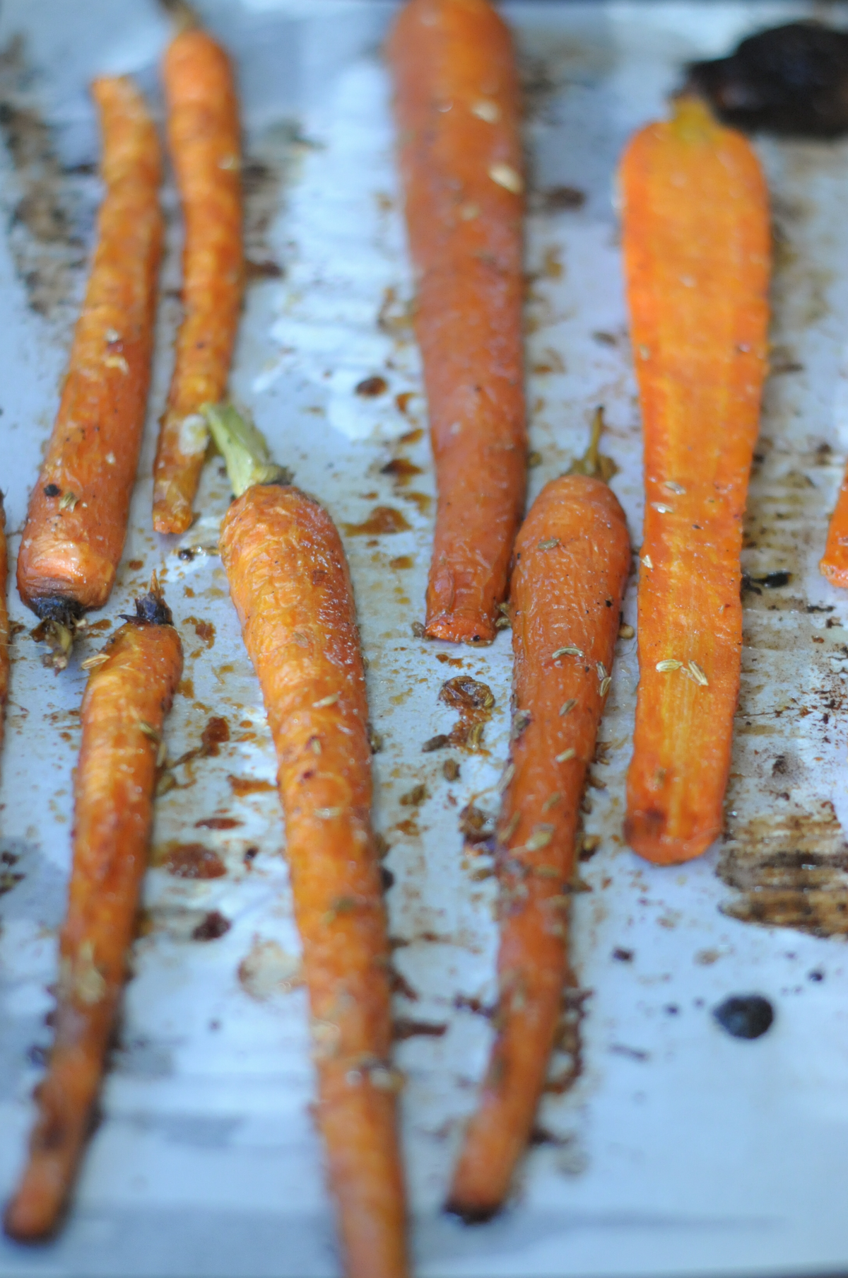 honey-fennel-roasted-carrots-3