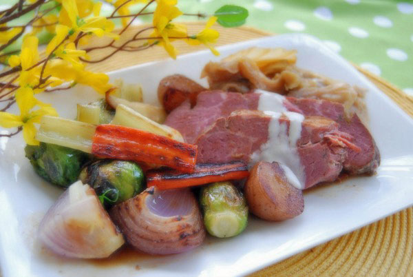 corned-beef-with-horseradish-sauce-and-veggies-slow-cooker