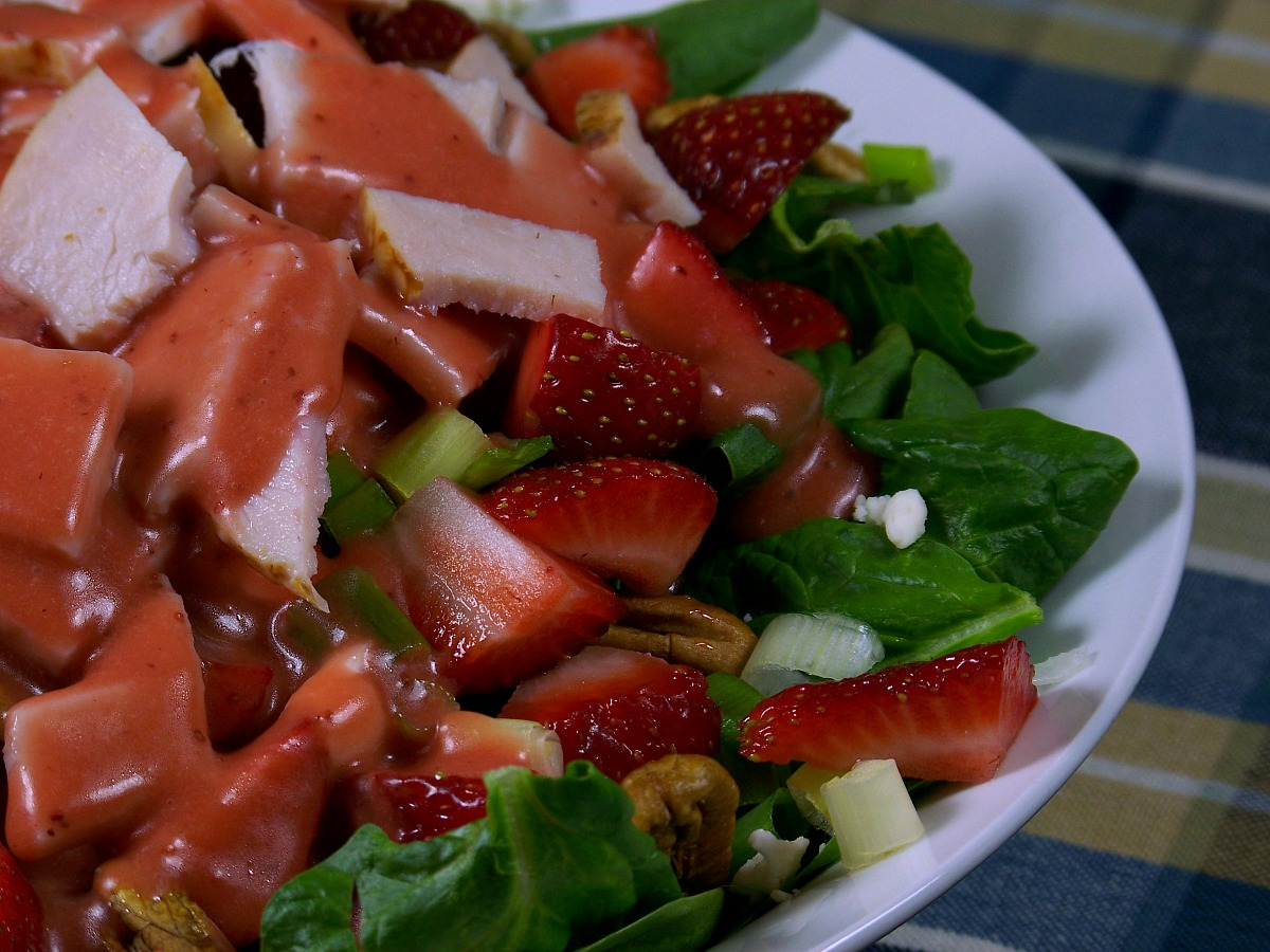 FB roasted strawberry vin. salad pics header