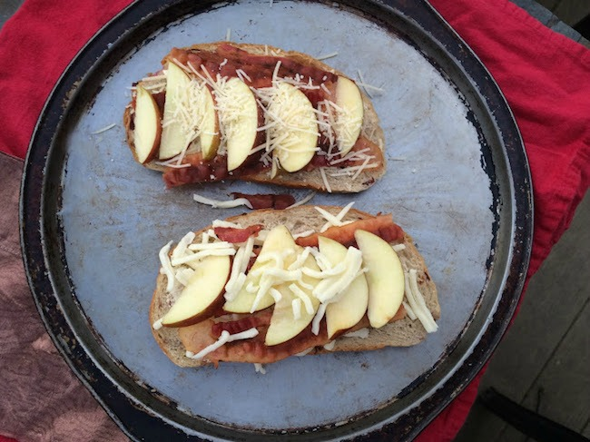 Toasted sandwiches with apple, bacon, cheese