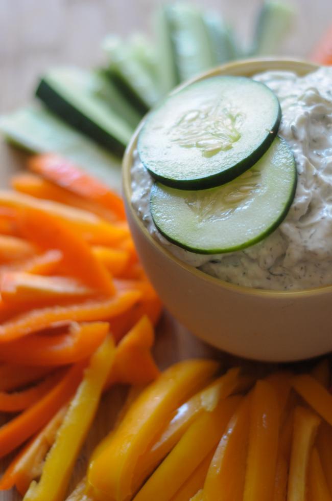 fresh-cucumber-tzaziki-sauce-1